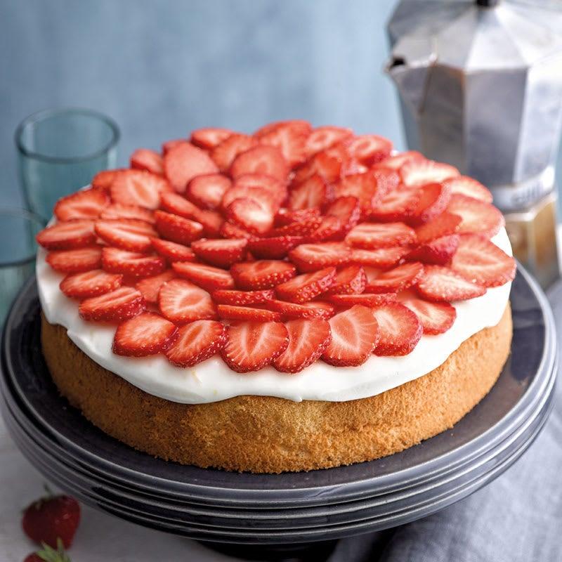 Photo de Gâteau aux fraises et sa crème citron-babeurre prise par WW