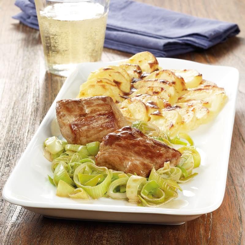 Photo de Médaillons de porc et gratin de pommes de terre prise par WW