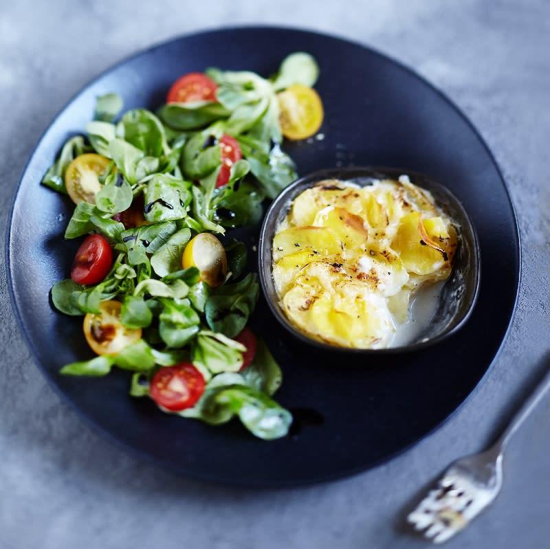 Foto Kartoffelgratin mit Salat von WW