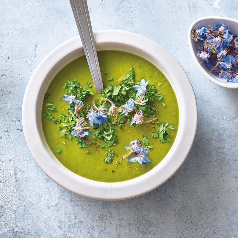 Photo de Soupe aux herbes du jardin et au lait d'avoine prise par WW