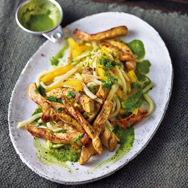 Photo de Salade poivrons/chou-rave sauce au persil et ses lanières de viande prise par WW