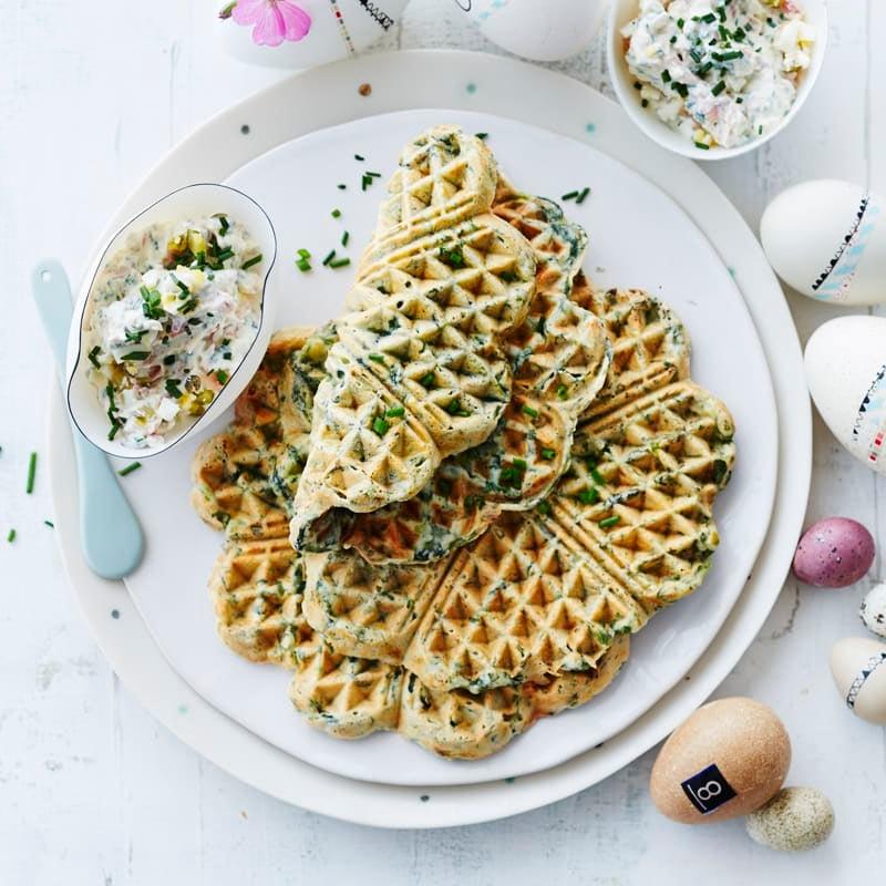 Photo de Gaufres aux épinards et sauce au jambon et à l'œuf prise par WW