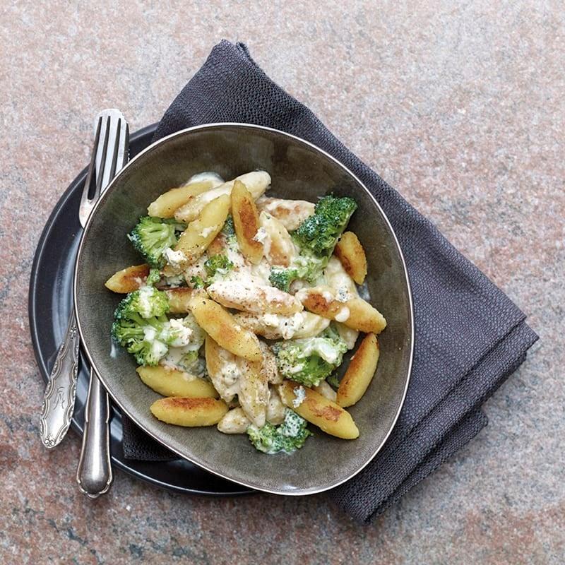 Foto Schupfnudeln mit Broccoli in Gorgonzolasauce von WW