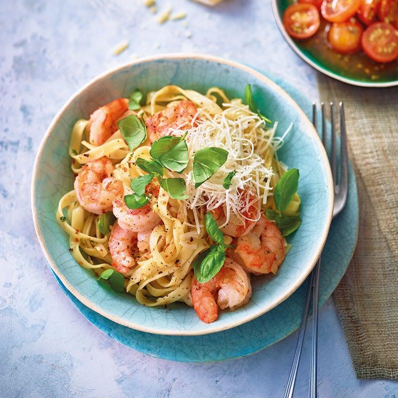 Photo de Tagliatelles aux crevettes aglio e olio prise par WW
