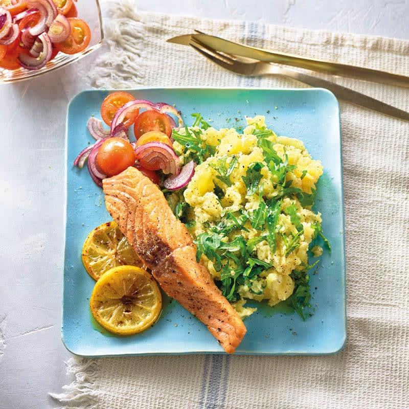 Photo de Écrasé de pommes de terre et roquette au saumon prise par WW