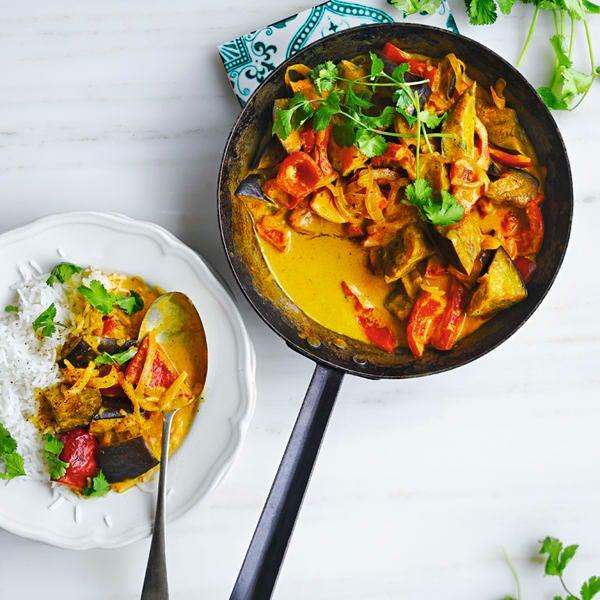 Foto Auberginen-Peperoni-Curry mit Kokosnuss von WW