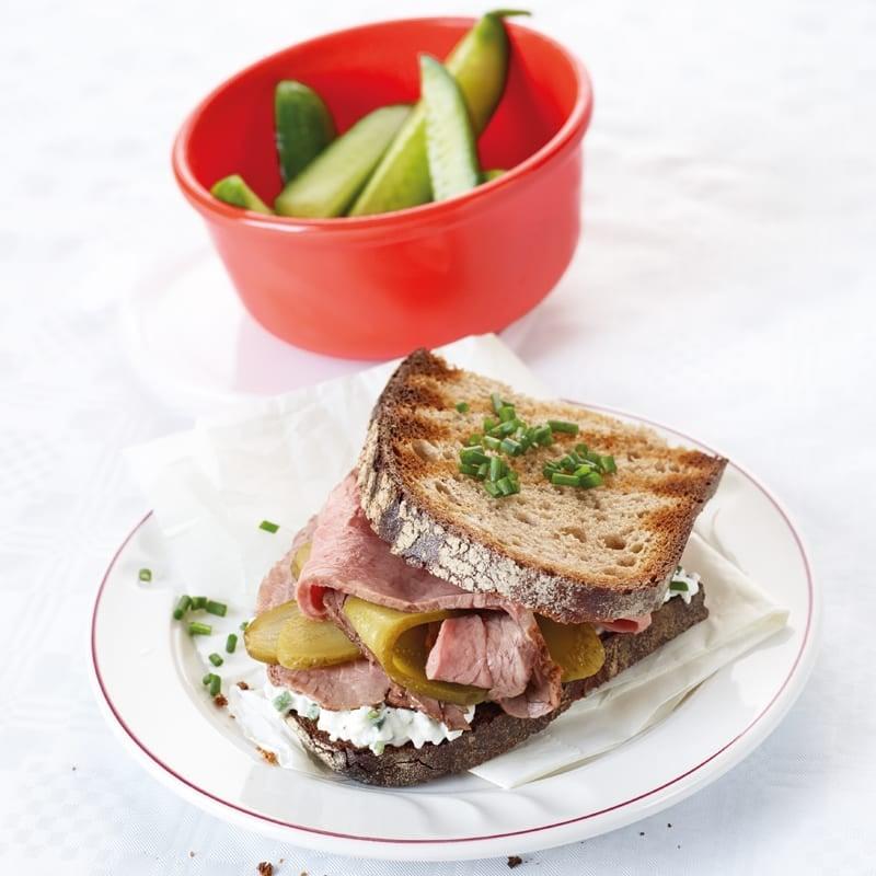 Foto Roastbeefsandwich mit Hüttenkäse von WW