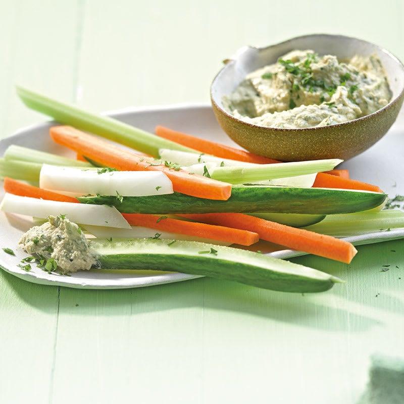 Foto Gemüsesticks mit Petersilien-Hummus von WW