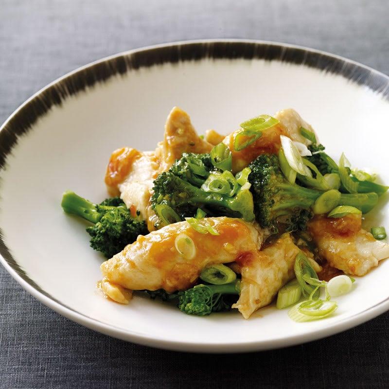Photo de Filet de poulet poché et brocoli prise par WW