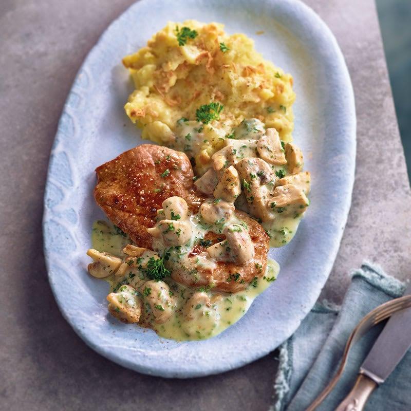 Photo de Escalope de porc sauce champignons et purée aux oignons rôtis prise par WW