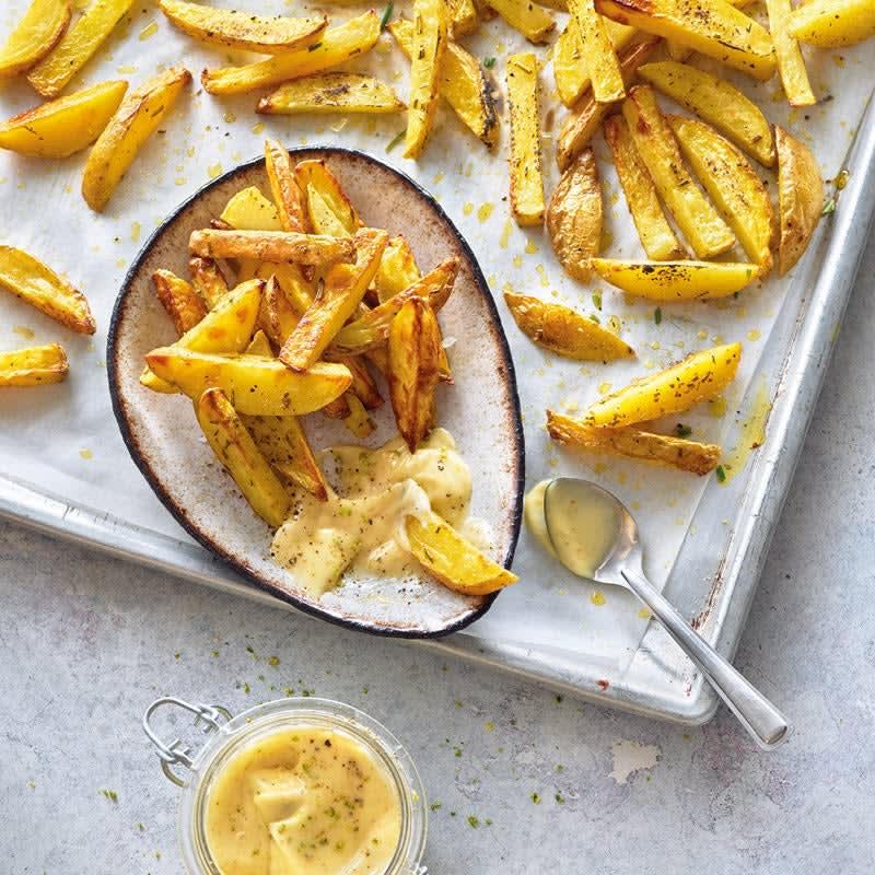 Photo de Potatoes à l'ail et au romarin, mayonnaise au citron vert prise par WW
