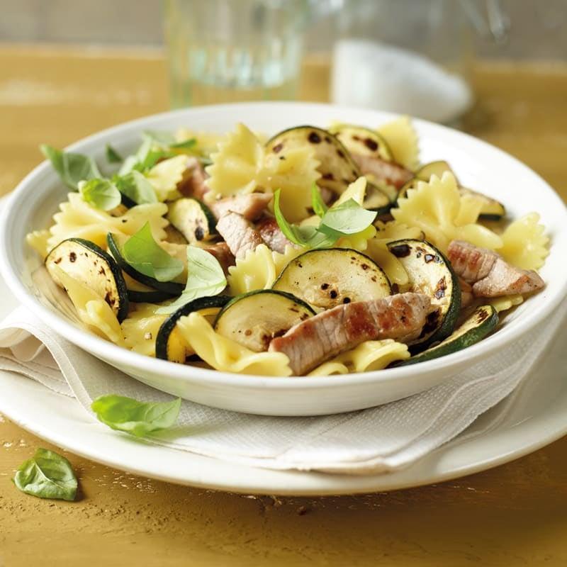 Foto Zucchini-Farfalle-Salat von WW