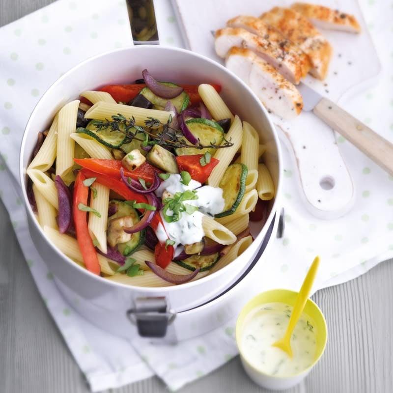 Photo de Salade de pennes aux légumes et au poulet prise par WW