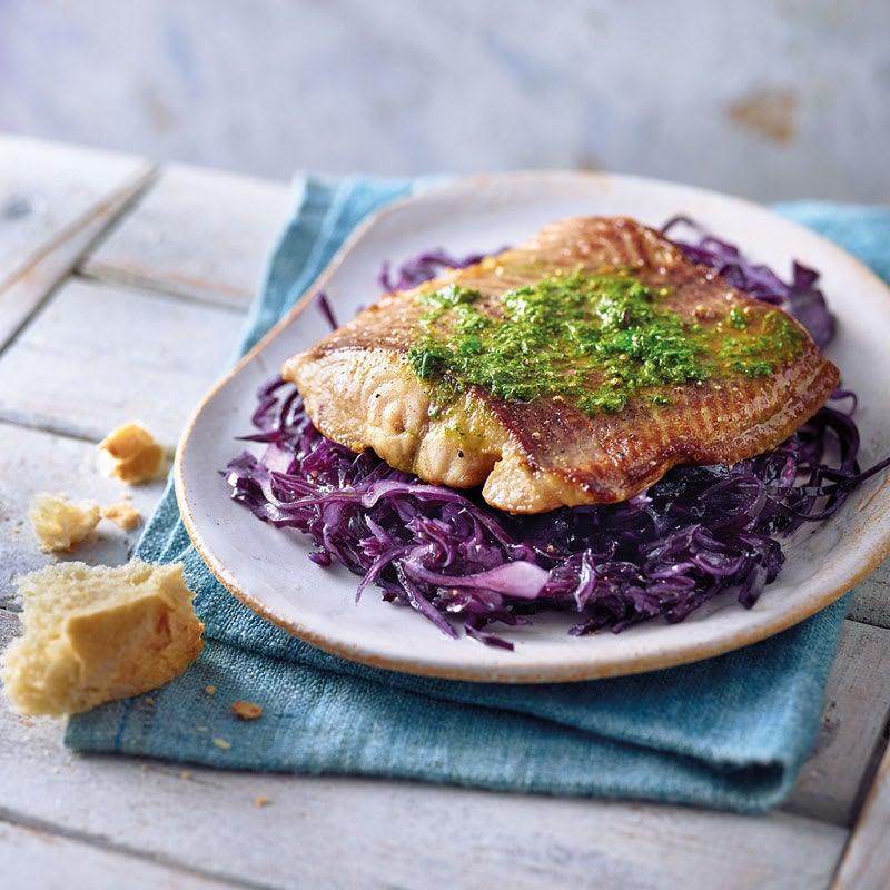 Photo de Filet de poisson-chat sur salade de chou rouge prise par WW