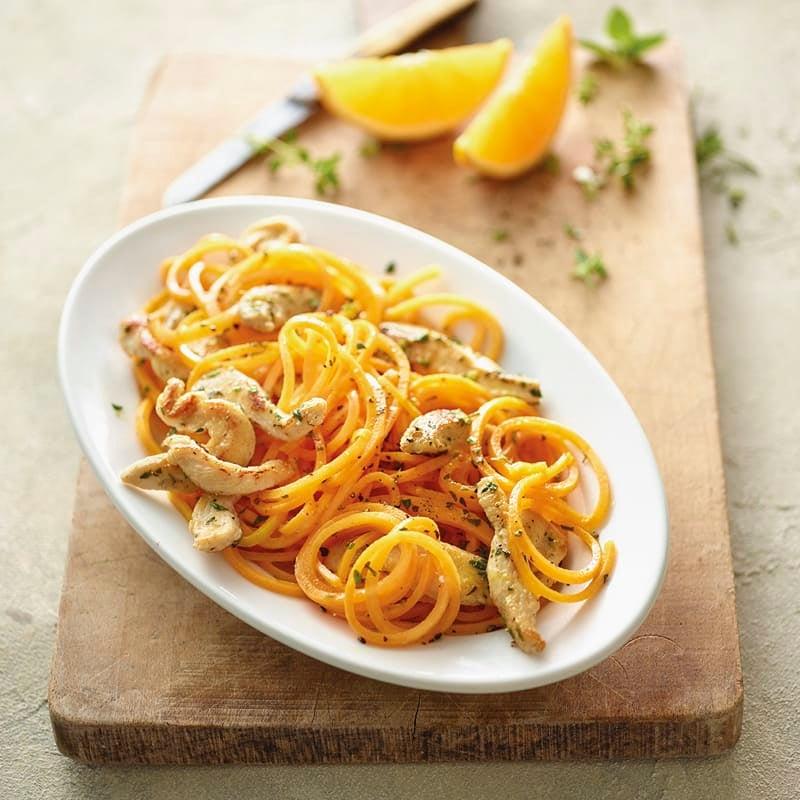 Foto Butternutkürbis-Spaghetti mit Pouletbruststreifen von WW