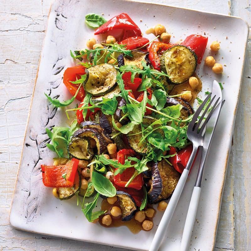 Photo de Salade de légumes grillés aux pois chiches prise par WW