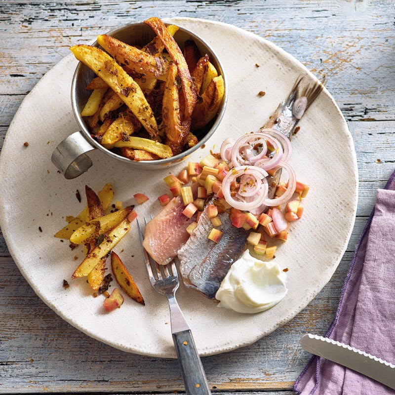 Photo de Hareng matje et bâtonnets de pommes de terre prise par WW