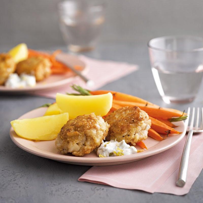 Foto Fischtätschli mit Zitronenremoulade und Ofenkarotten von WW