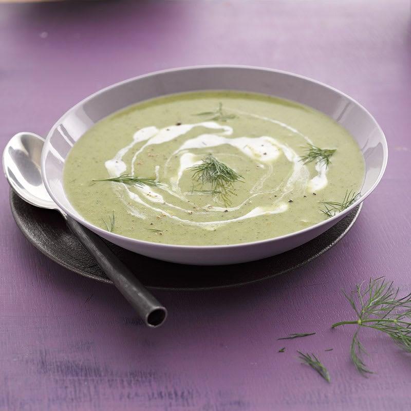 Photo de Soupe de brocoli et son nuage de yogourt prise par WW
