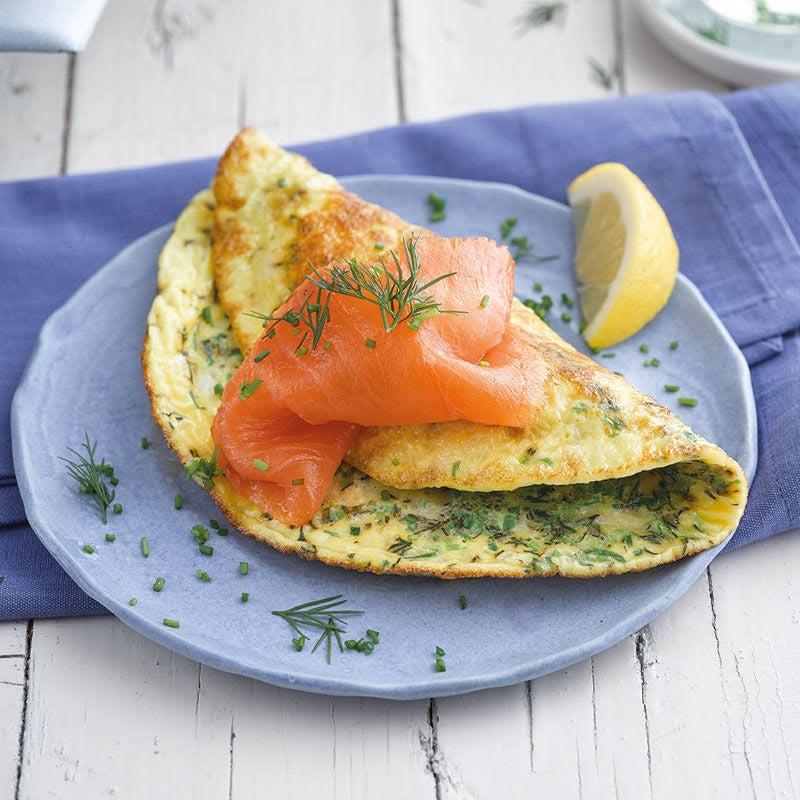 Photo de Omelette aux herbes et au saumon fumé prise par WW