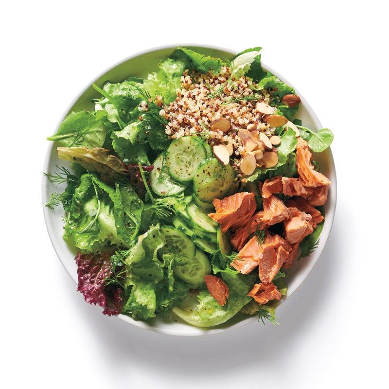 Foto Baukasten Salat Lachs, Gurke und Quinoa von WW