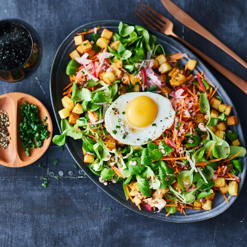 Photo de Salade rustique aux pommes de terre et œuf au plat prise par WW