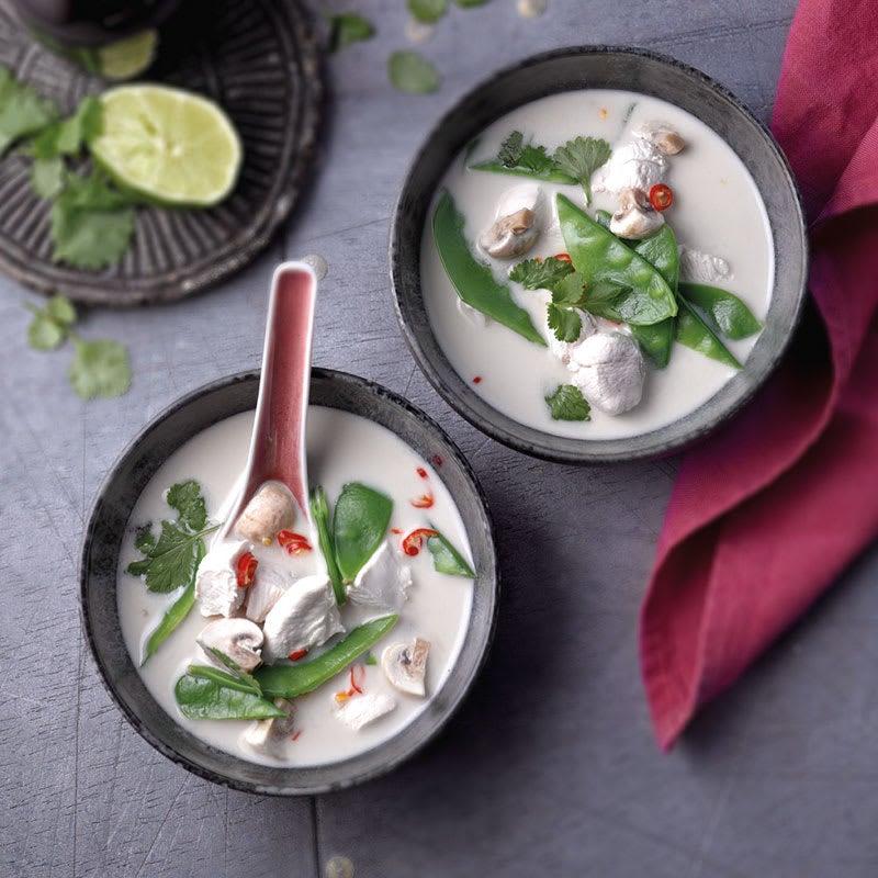 Photo de Soupe de poulet au lait de coco (tom kha gai) prise par WW