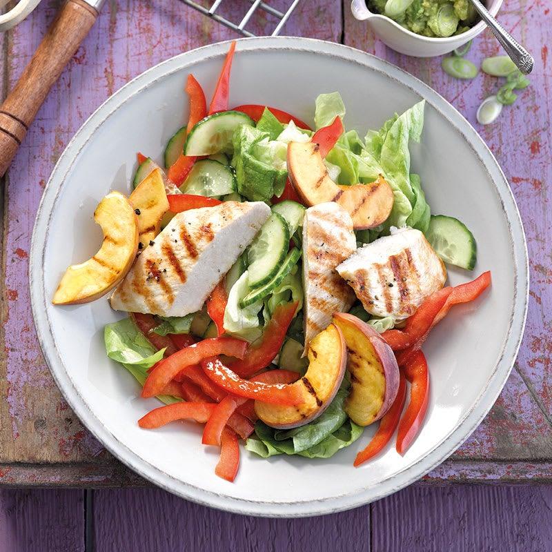 Photo de Salade poulet/pêches et guacamole prise par WW