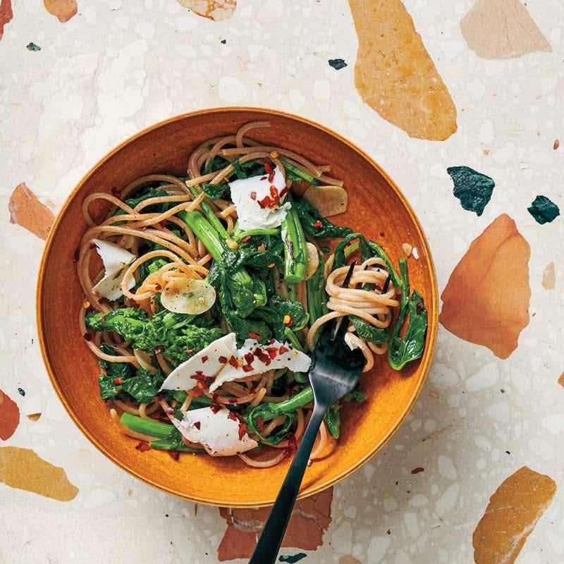 Photo de Spaghetti et tiges de brocoli à l'ail et au piment prise par WW