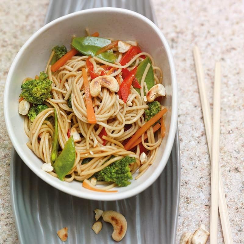 Photo de Spaghettis soba aux légumes et noix de cajou prise par WW