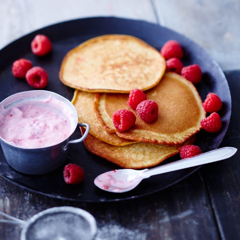 Foto Pancakes mit cremigem Himbeerjoghurt von WW