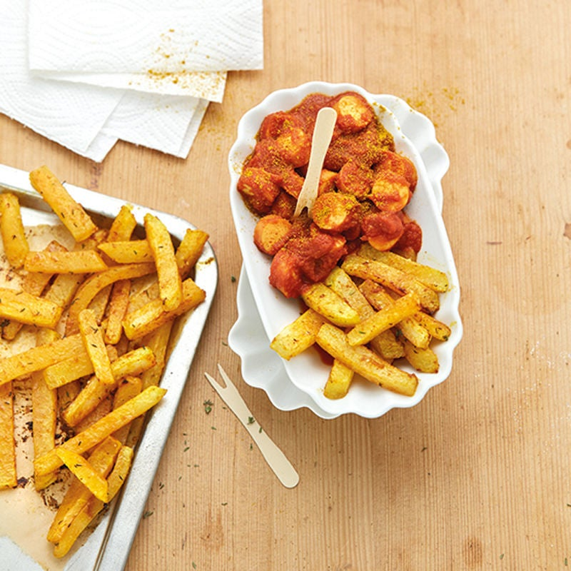 Photo de Saucisse au curry et frites de choux-raves prise par WW