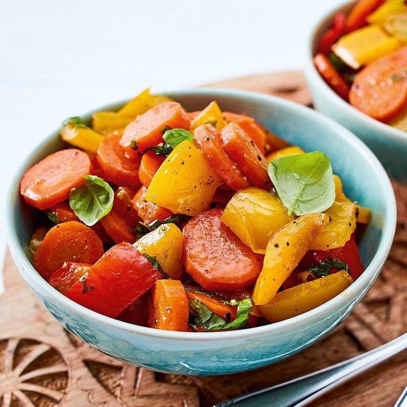 Foto Karamellisierter Peperoni-Karotten-Salat von WW