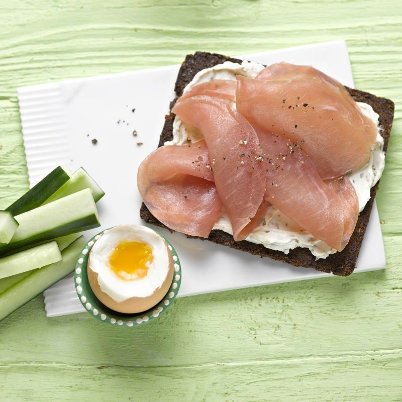Photo de Tartine au jambon et œuf à la coque prise par WW