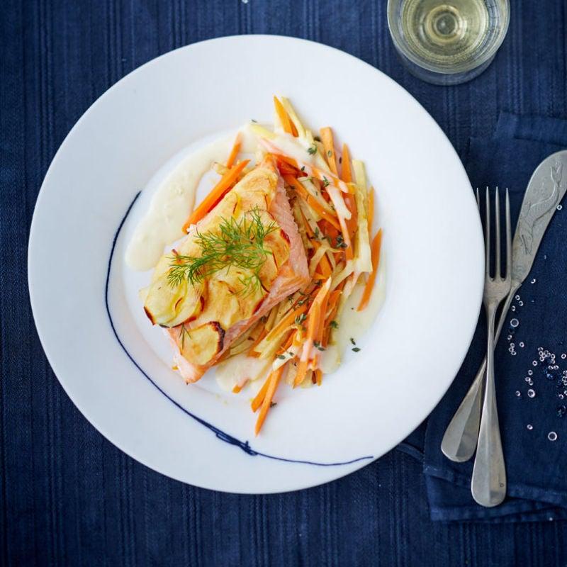 Photo de Saumon en croûte de pommes de terre et légumes-racines prise par WW