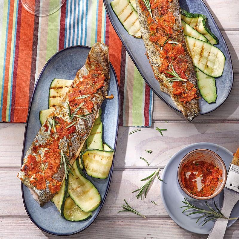 Foto Tomaten-Rosmarin-Forelle mit Zucchini von WW