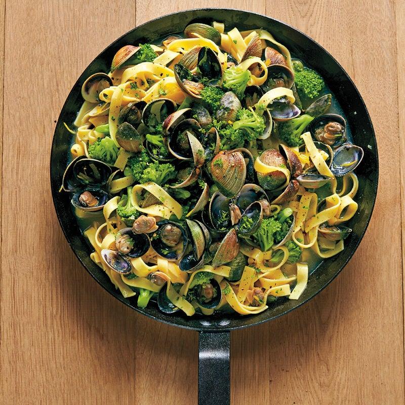 Foto Tagliatelle mit Muscheln und Broccoli von WW