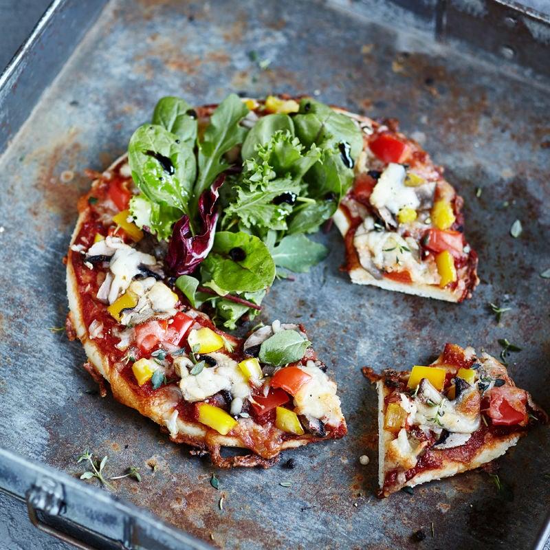 Photo de Pizza et salade façon WW prise par WW