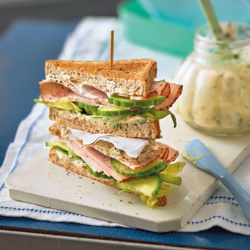 Photo de Sandwich de volaille saveur abricots prise par WW