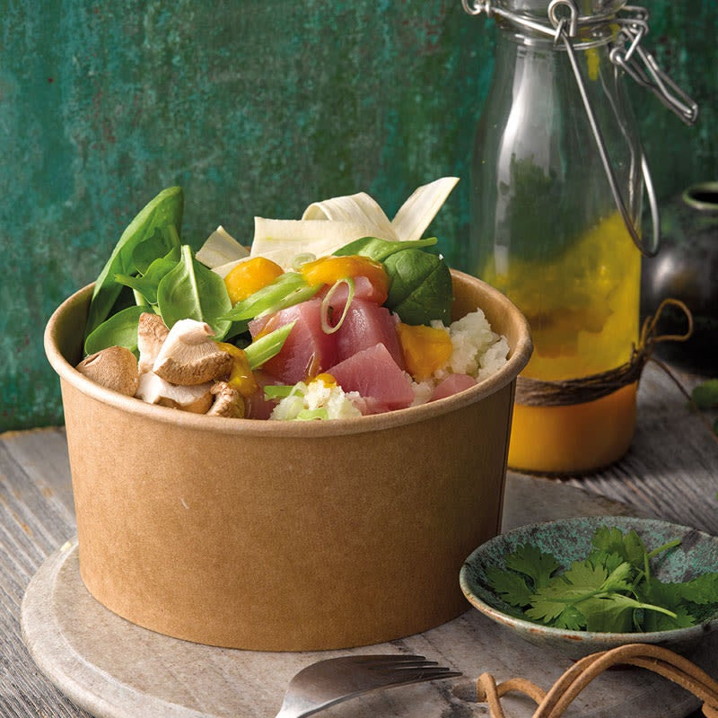 Photo de Poke Bowl au thon et riz de chou-fleur prise par WW