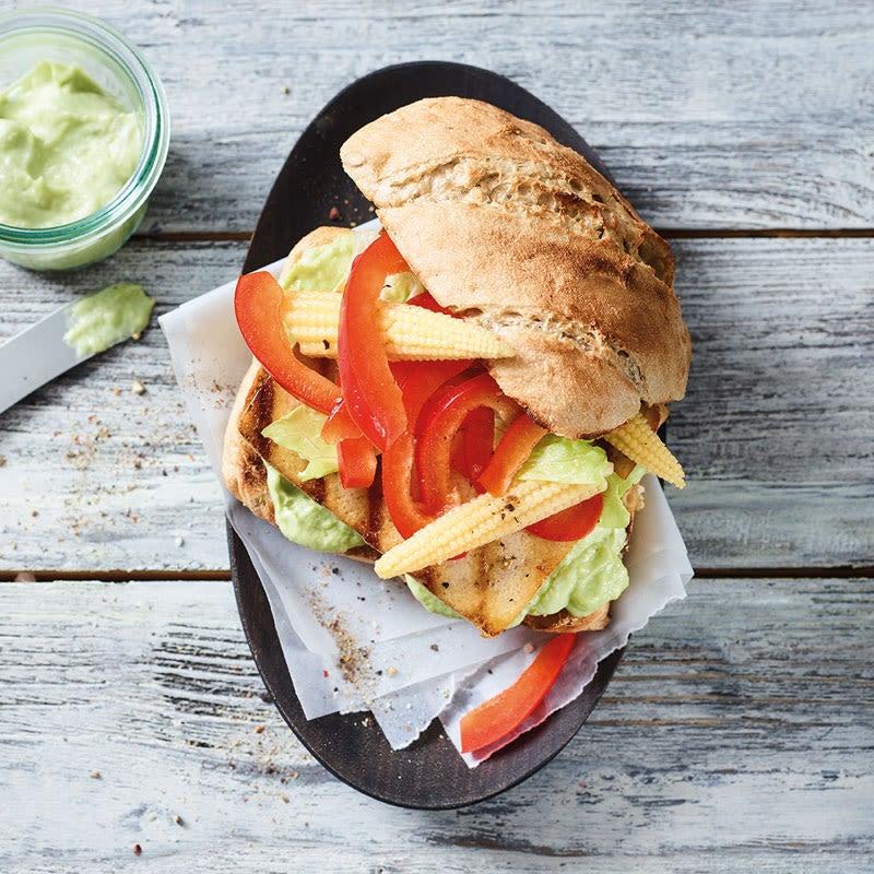 Foto Scharfer Tofuburger mit Guacamole von WW