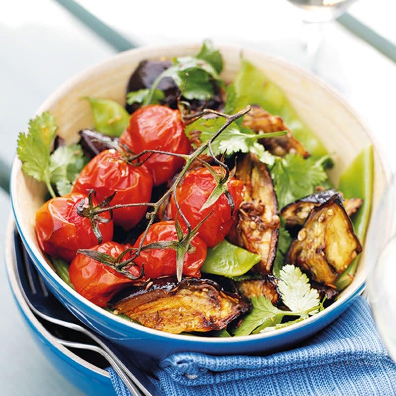 Foto Warmer Tomaten-Auberginensalat von WW