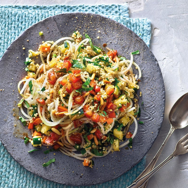 Photo de Spaghetti de chou-rave, tomates et millet prise par WW