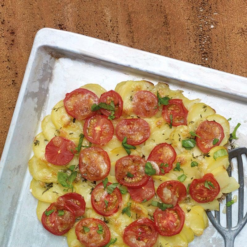 Foto Kartoffelpizza mit Tomaten und Mozzarella von WW