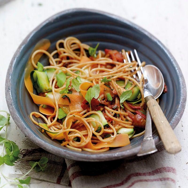 Foto Vollkorn-Gemüse-Spaghetti von WW