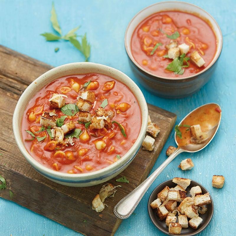 Photo de Soupe de tomates garnie de croûtons prise par WW