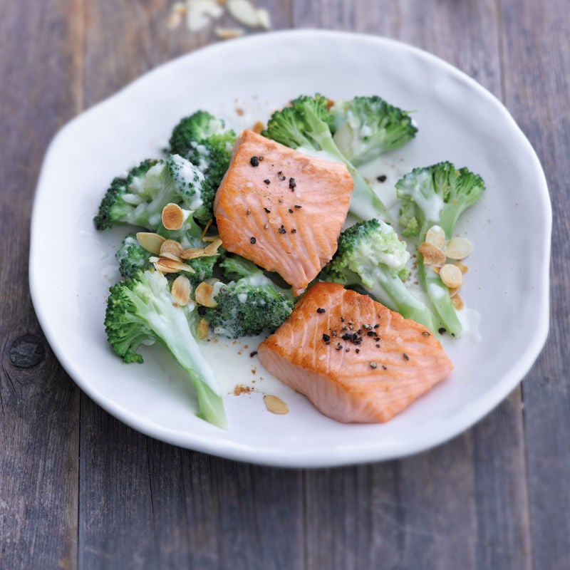 Photo de Filet de saumon et son ragoût de brocoli prise par WW