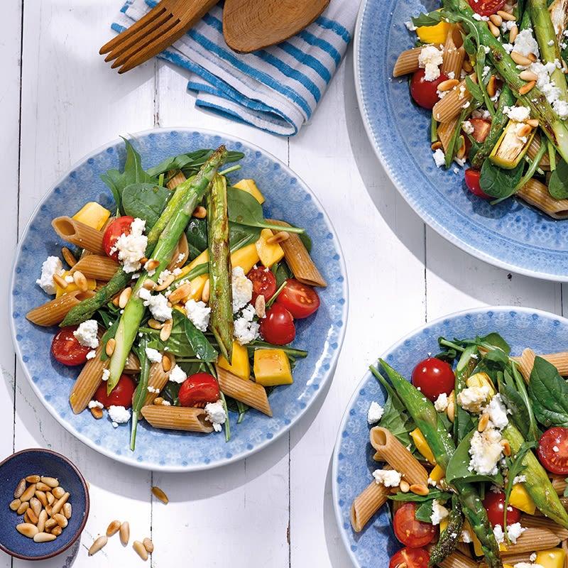Foto Teigwaren-Spargel-Salat mit Mango von WW
