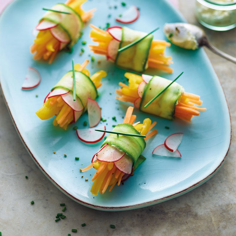 Foto Gurkenröllchen mit Gemüse von WW