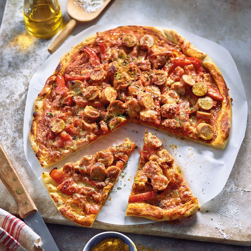 Photo de Pizza « saucisses au curry » prise par WW